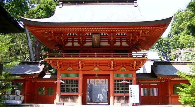 香取神宮 : 東国三社 信仰の聖地...
